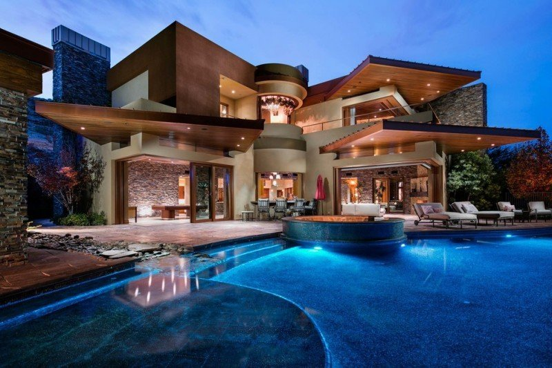 Homes for Sale in Gilbert Arizona with Casita or Guest House