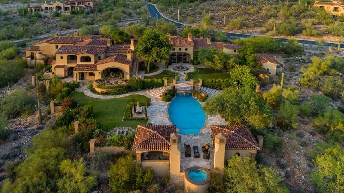 LUXURY GILBERT REAL ESTATE AGENTS
