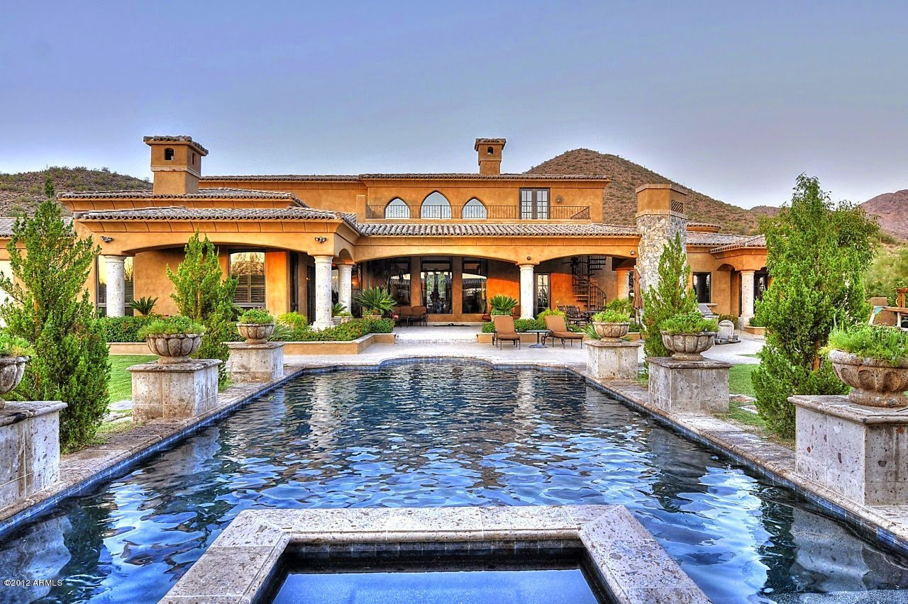 Luxury Homes for Sale in Chandler