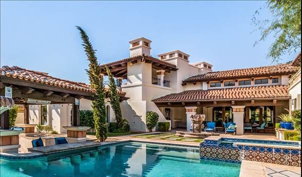 Luxury Listing in Chandler